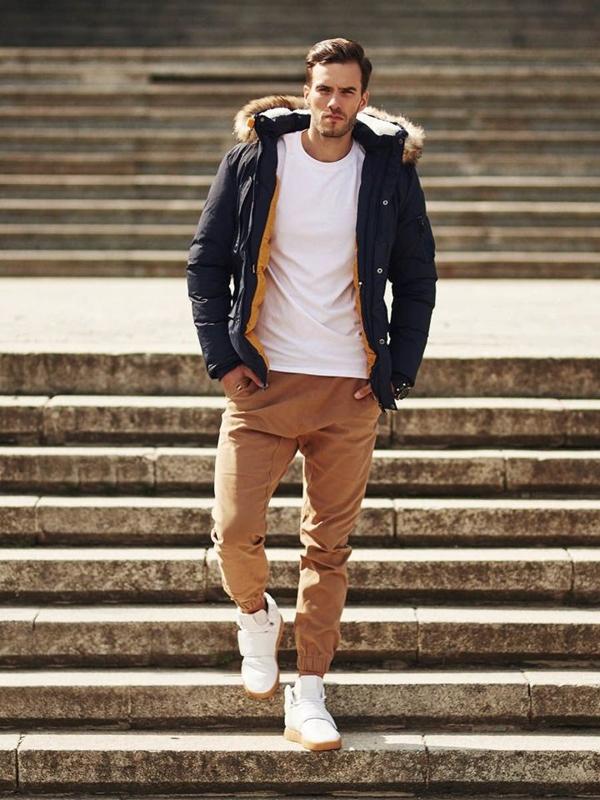Stylizace č. 324 - zimní parka, tričko s dlouhým rukávem, jogger kalhoty