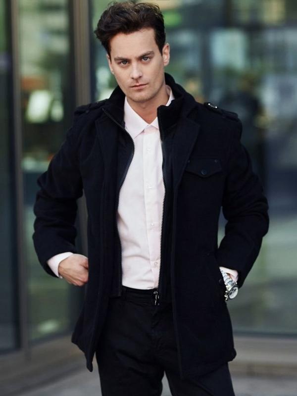 Stylizace č. 339 - hodinky, kabát, elegantní košile, chino kalhoty
