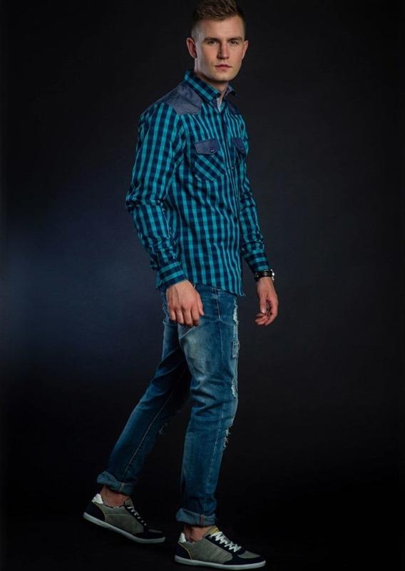 Stylizace č. 40 - károvaná košile, džíny