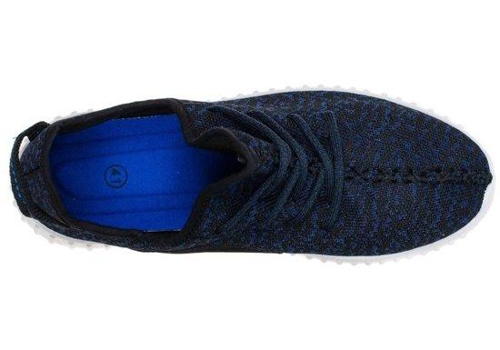 Tmavě modrá pánská sportovní obuv Bolf 8886